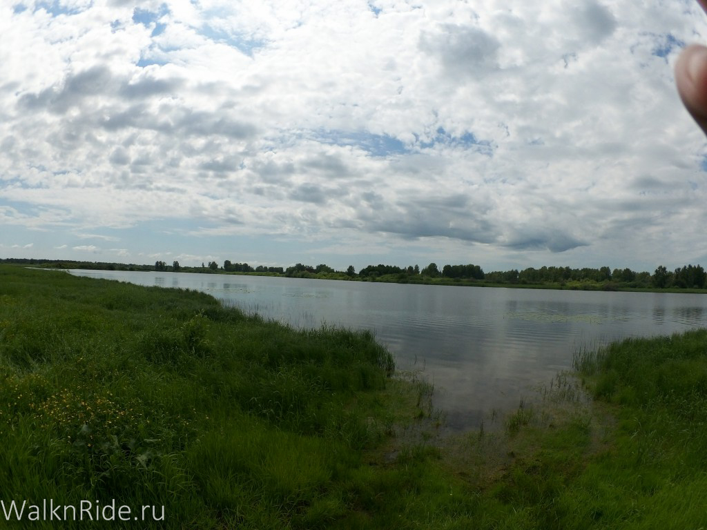 Река Камышенка - очередной тупик. Даже самые смелые надежды на брод сразу растаяли.