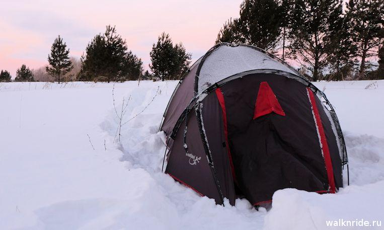 ночевка зимой в палатке
