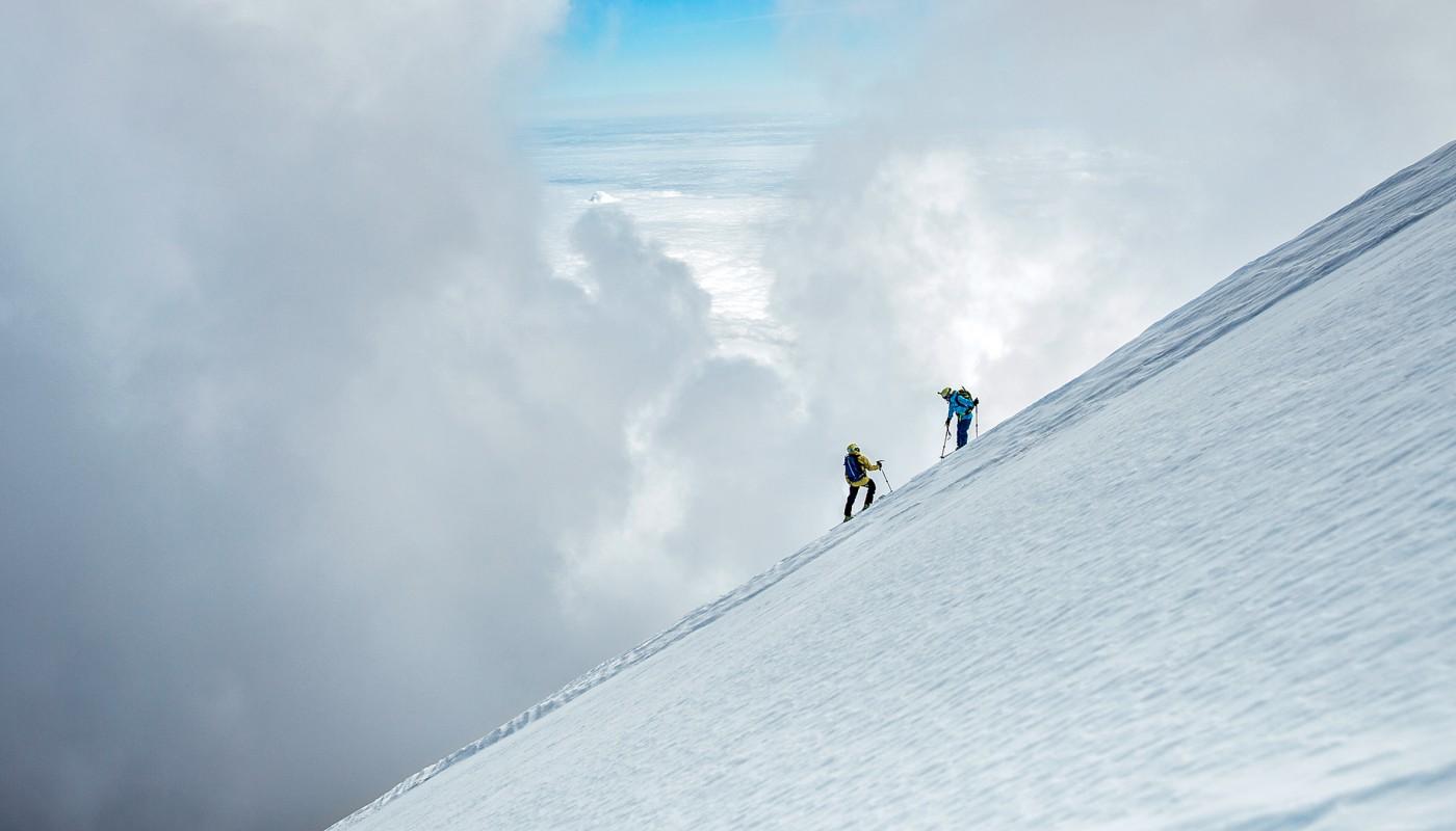 Броди Левен и Каролайна Глэйч на высоте 5182 метра. Фото: Grayson Schaffer